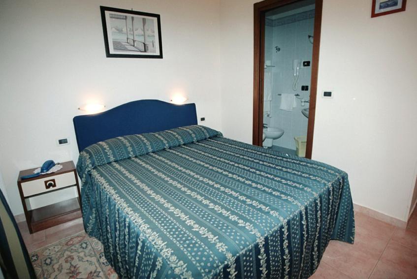 Bagni Pescetto : Hotel albenga hotel pescetto